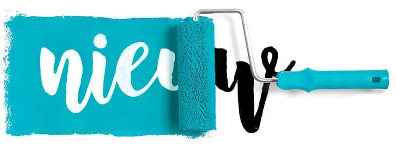 nieuw logo ontwerp gesymboliseerd door een verfroller met blauwe verf die het woord nieuw van een andere kleur voorziet